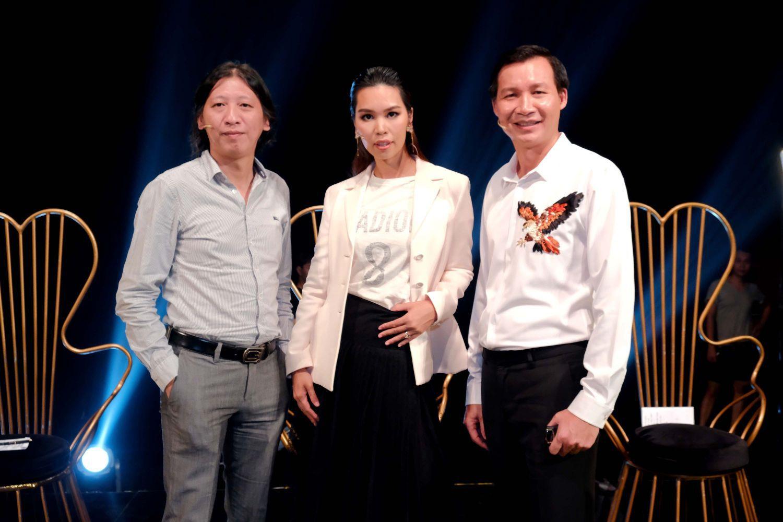 Siêu mẫu Hà Anh ngồi ghế nóng Én Vàng Nghệ Sĩ 2020