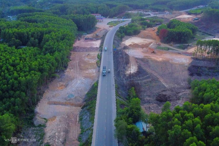 ct18 1613741465 8671 1618721247 r 460x0 Đề xuất quy hoạch 42 tuyến cao tốc trên toàn quốc đến năm 2030