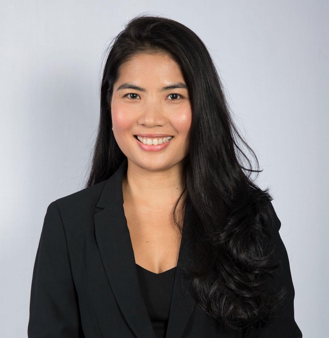 Trang Bui Jll (1)