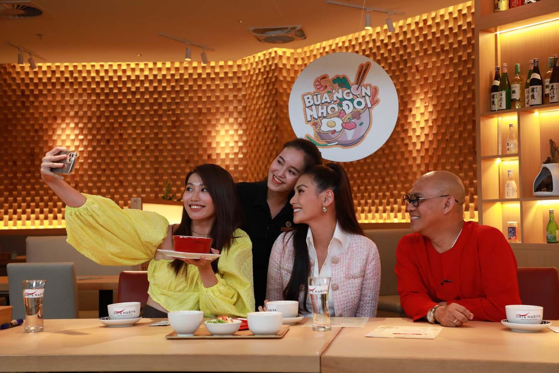 Color Man Hoang Yen Che Nguyen Quynh Chau Trong Bua Tiec 3